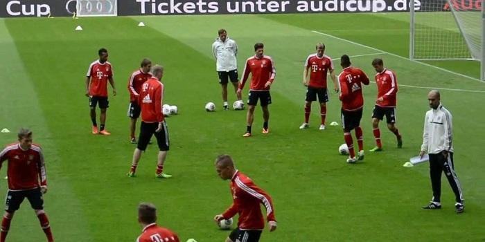 pep-guardiolas-2nd-training-session-at-bayern-munich-ALLENAMENTO