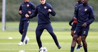 Soccer - UEFA Champions League - Group H - Arsenal v Shakhtar Donetsk - Arsenal Training - London Colney