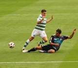Gary_Hooper_-_tackle