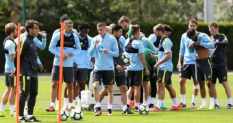 pay-pep-guardiola-takes-first-manchester-city-training-session